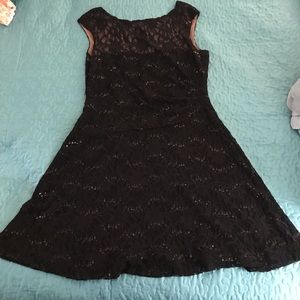Lauren Ralph Lauren Dresses - Lauren Ralph Lauren Black lace and Sequin Dress 16